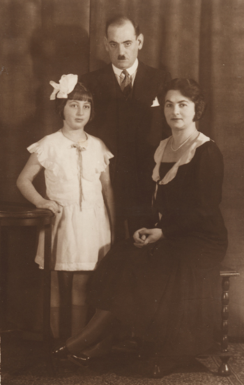 Mony, Mädi and Reni in Buenos Aires, 1931.