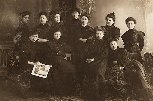 Ronya and a group of students, Latvia, 1909